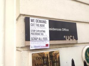 Demanding lower rent at the Student Accommodation Office!